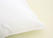 Hypodown 700 Medium Pillows (Standard)